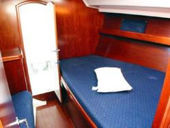 Beneteau forward cabin